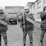 Polizei der DDR. Besetzung der Stasi Zentrale, Ministerium für Staatssicherheit (MFS) in der Normannenstrasse. Berlin Ost 4.09.1990 © Ann-Christine Jansson