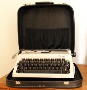 Erika Reiseschreibmaschine Modell 60