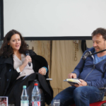Moderatorin Franziska Günther und Gregor Sander